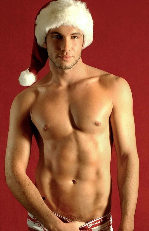 ChristmasHunk6